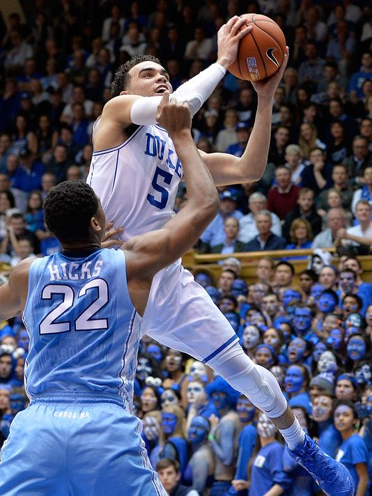 Tyus Jones makes a layup against UNC on Wednesday night